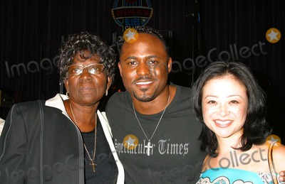 All 4 One Photo - I8623CHWJAMIE JONES OF ALL-4-ONE DEBUTS HIS SOLO ALBUM WITH A HOLLYWOOD GALA HOSTED BY NATALIE RAITANO-RADIO COVERAGE BY KIISFM  HOT 92 BB KINGS UNIVERSAL CITY CA04282004PHOTO BY CLINTON H WALLACEIPOLGLOBE PHOTOS INC 2004WAYNE BRADY AND HIS WIFE-MANDIE AND MOM-VALERIE