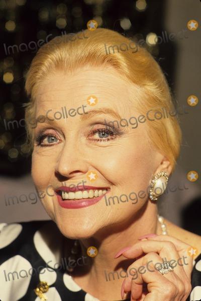 Anne Jeffreys Photo - Anne Jeffreys L0496 Photo by Bob V Noble-Globe Photos Inc