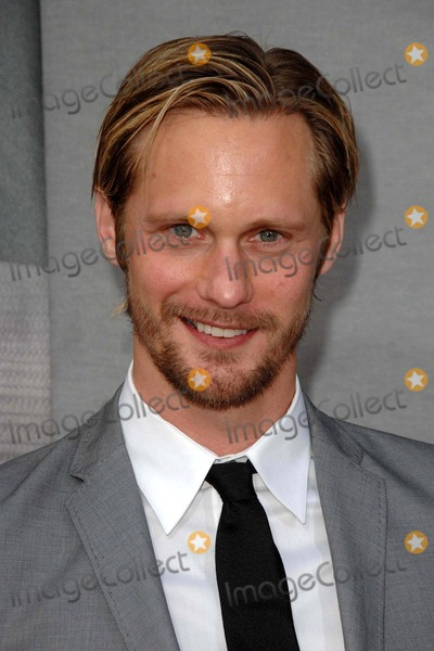 Alexander Skarsgard- Photo - Alexander Skarsgard attends the Los Angeles Premiere of the Second Season of Hbos Series True Blood Held at the Paramount Theater in Hollywood California on June 9 2009 Photo by David Longendyke-Globe Photos Inc 2009 Alexander Skarsgard