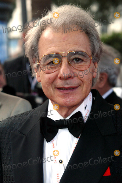 Lalo Schifrin Photo - Lalo Schifrin (film-komponisten-legende) Premiere Die Fetten Jahre Sind Vorbei Cannes Filmfest Palais Des Festivals Cannes France 05172004 Photo by Alec MichaelGlobe Photos Inc 2004