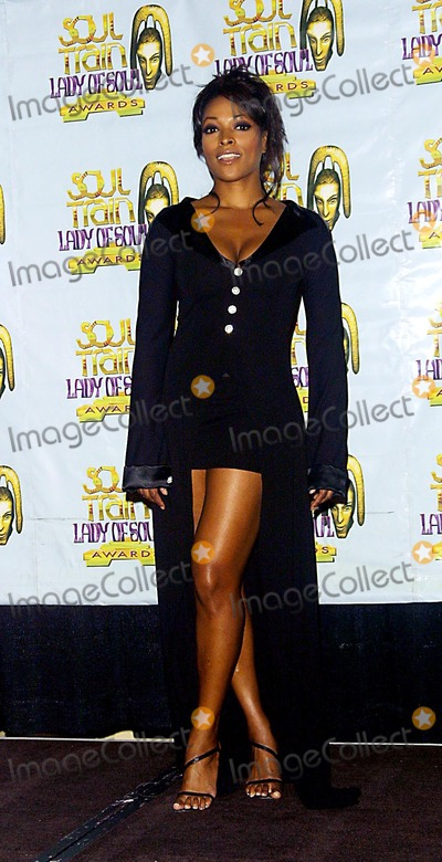 Kellita Smith Photo - Kellita Smith 8th Annual Soul Train Lady of Soul Awards Pasadena Civic Auditorium Pasadena CA August 24 2002 Photo by Nina PrommerGlobe Photos Inc2002