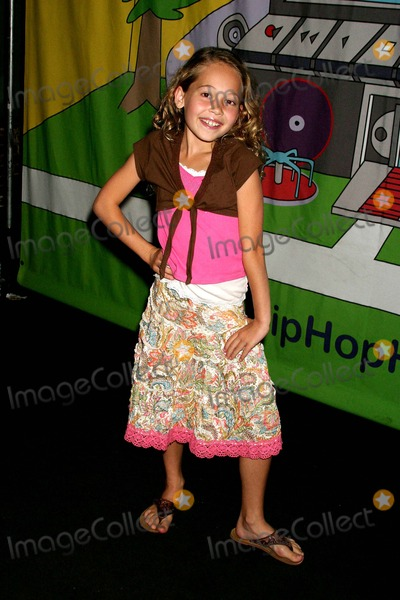 Kelli Berglund Photo - Tv Premiere Party Hip Hop Harry on Discovery Kids Hosted by Claude Brooks Cinespace Hollywood CA 09-16-2006 Kelli Berglund Photo Clinton H Wallace-photomundo-Globe Photos Inc