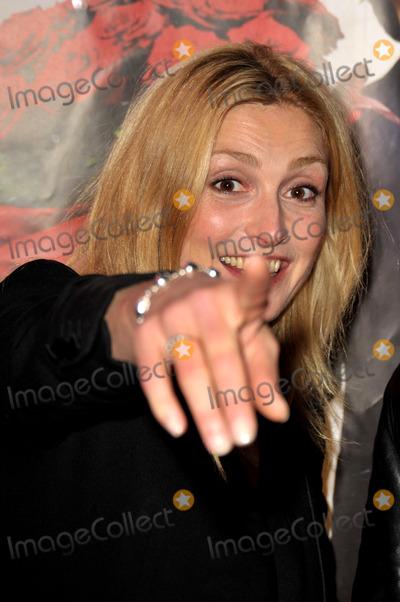 Julie Gayet Photo - Julie Gayet_ Avant Premire Du Film Lart de Sduire Gaumont Opra 21 Juillet 2011 Paris lart de Seduire Paris Premiere July 21 2011 - Cinema Gaumont Opera Paris France 07-21-2011 Photo by
