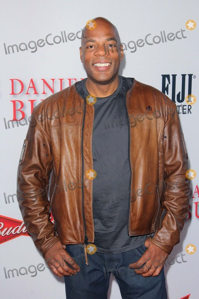 Alonzo Bodden Photo - Alonzo Bodden attends Lee Daniels the Butler Los Angeles Premiere at the Regal Cinemas LA Livelos Angeles Causaphoto TleopoldGlobephotos