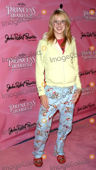 Annie Burgstede Photo - the Princess Diaries 2 Dvd Pajama Ball Benefiting St Jude Childrens Research Hospital Beverly Hilton Hotel Bh CA 12-08-2004 Photo by Milan RybaGlobe Photos Inc2004 Annie Burgstede