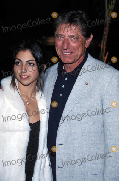Graumans Chinese Theatre Photo - Ali Premiere at Graumans Chinese Theatre Hollywood 12122001 Joe Namath and Daughter Jessica Photo by Tom RodriguezGlobe Photos