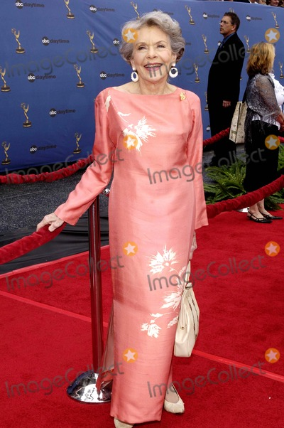 Helen Wagner Photo - Annual Daytime Emmy Awards Held at the Kodak Theatre in Hollywood California on April 282oo6 Helen Wagner Photo Hakim  Globe Photos Inc 2006 K47688vg