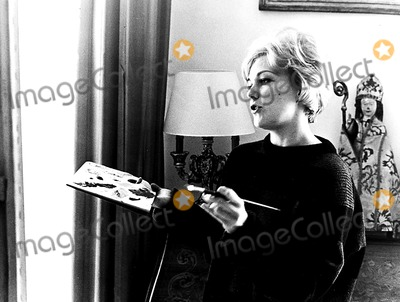 Kim Novak Photo - Kim Novak PipGlobe Photos Inc Kimnovakretro