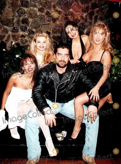 Ken Wahl Photo - Ken Wahl at the Scores Topless Club 1994 L7394jbb John BarrettGlobe Photos Inc