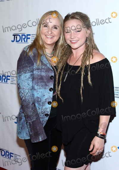 Crystal Bowersox Photo - Melissa Etheridgecrystal Bowersox Attend Jdrfs 9th Annual Gala Finding a Cure on 19th May 2012 at the Hyatt Regency Century Plaza Century City usaphototleopoldGlobephotos