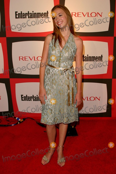 Andrea Bowen Photo - Entertainment Weekly Second Annual Pre-emmy Party at the Hollywood Athletic Club Hollywood California 091804 Photo by Kathryn IndiekGlobe Photos Inc 2004 Andrea Bowen