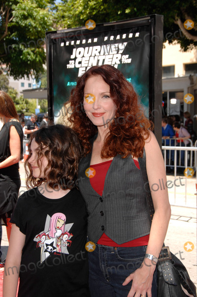 Stella Ritter Photo - Stella Ritter and Amy Yasbeck During the Premiere of the New Movie From Newline Cinema Journey to the Center of the Earth Held at the Mann Village Theatre on June 29 2008 in Los Angeles Photo Michael Germana - Globe Photos