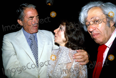Adolph Green Photo - Gregory Peck_betty Comdeni_adolph Green Photo Bybob NobleGlobe Photos Inc 1978 Gregorypeckretro