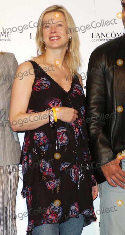 Lady Helen Windsor Photo - Lady Helen Windsor Lancome Colour Awards 2004 -Former Saatchi Gallery Building London 11172004 Photo Byhenry DavenportglobelinkukGlobe Photos Inc 2004