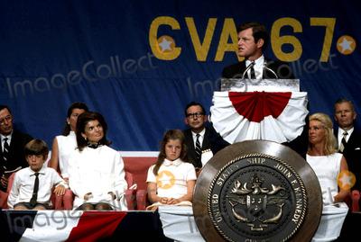 Jacqueline Kennedy Onassis Photo - Jacqueline Kennedy Onassis Photo by Globe Photos Inc Jacquelinekennedyonassisretro