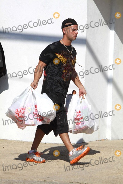 Mike The Situation Sorrentino Photo - Mike the Situation Sorrentino Filming the Jersey Shore in Seaside Height Beach in New Jersey 8-29-2010 Photo by John BarrettGlobe Photos Inc2010
