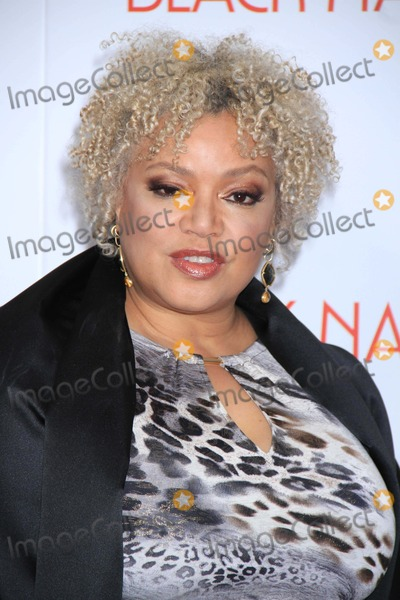 Kasi Lemmons Photo - Kasi Lemmons Writerdirector at NY Premiere Ofblack Nativity at the Apollo Theater 11-18-2013 John BarrettGlobe Photos