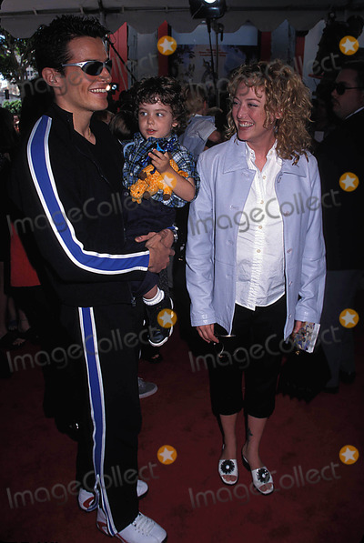 Antonio Sabato Jr Photo - Photo Michelson-Globe Photos Inc 1998 Virginia Madsen Antonio Sabato Jr
