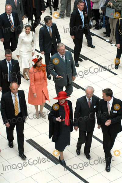 Queen Silvia Photo - K52960Visit To Fiels Shopping Centre-Swedish State Visit-restaden Copenhagen Denmark 05-10-2007Photo by Ricardo Ramirez-Richfoto-Globe Photos incSWEDISH AND DANISH ROYAL FAMILYPRINCE FREDERICK AND QUEEN MARGRETHE OF DENMARK  PRINCESS VICTORIA  QUEEN SILVIA AND KING CARL GUSTAVOF SWEDEN
