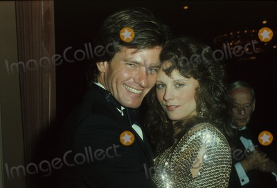 Alan Hunter Photo - Gordon Thomson with Caitlin Oheaney 1984 N2908 Photo by Alan Hunter-Globe Photos Inc