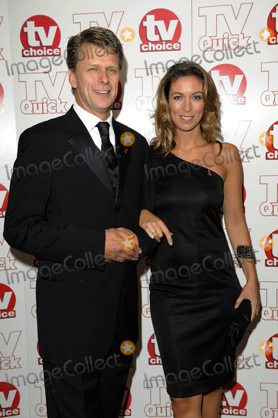 Andrew Castle Photo - Andrew Castle  Emma Crosby Tv Presenters 2009 Tv Quick and Tv Choice Awards at Dorchester Hotel in Park Lane  London  England 09-07-2009 Photo by Neil Tingle-allstar-Globe Photos Inc