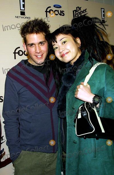 Akiko Photo - Eric Szmanda and Akiko Sizzlin 16 E Online Honors the Top 16 Young Men and Women Club Ad Hollywood CA January 30 2002 Photo by Nina PrommerGlobe Photos Inc 2002