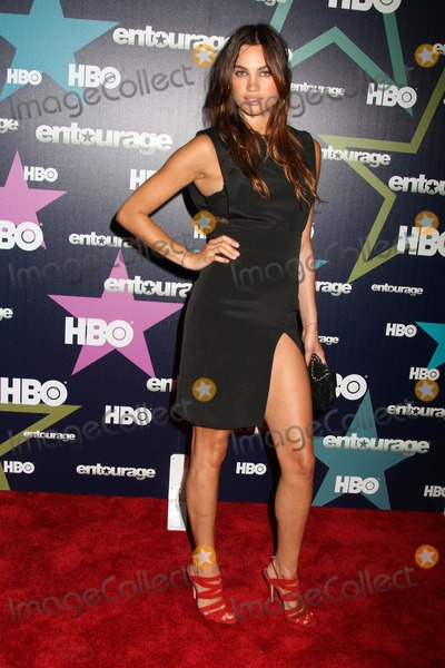 Alina Puscau Photo - Hbo Presents the Eighth and Final Season of Entourage Red Carpet Premiere the Beacon Theater NYC July 19 2011 Photos by Sonia Moskowitz Globe Photos Inc 2011 Model-alina Puscau