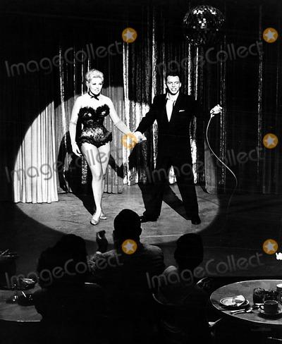 Kim Novak Photo - Kim Novak and Frank Sinatra 1957 Supplied by SmpGlobe Photos Inc Kimnovakretro