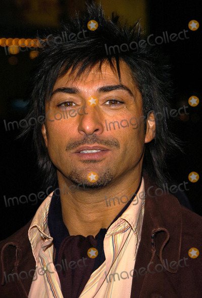 Jay Tavare Photo - Los Angeles Premiere of the Family Stone Mann Village Theater Westwood CA 12-06-05 Photo David Longendyke-Globe Photos Inc 2005 Image Jay Tavare