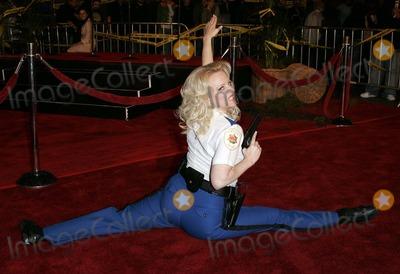 Wendi McLendon Covey Photo - Wendi Mclendon-covey Actress Reno 911 Miami - World Premiere Graumans Chinese Theatre Hollywood CA 02-15-2007