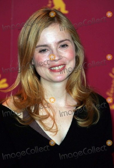 Isabelle Carre Photo - Isabelle Carre attends the Photocall For Four Stars Berlin Film Festival 02-11-2006 Credit Allstar-Globe Photos Inc
