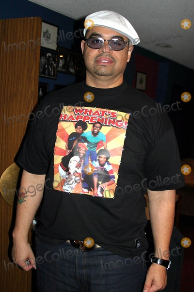 Andre Harrell Photo - Medal of Honor Rag Vip Reception For Heavy D Hosted by Jay Z  Andre Harrell Egyptian Arena Theatre Hollywood CA 06-27-2005 Photo ClintonhwallaceipolGlobe Photos Inc Heavy D