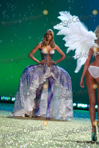 Julia Stegner Photo - Victorias Secret Fashion Show - Performance the Lexington Armory New York City 11-10-2010 Photos by Sonia Moskowitz Globe Photos Inc 2010 Julia Stegner