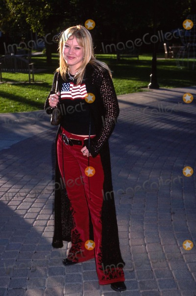 Hilary Duff Photo - 92001 Jimmy Neutron  Boy Genius - World Premiere Paramount Studios Hollywood CA Hilary Duff Photo by Ed GellerGlobe Photos Inc 2001 (D)