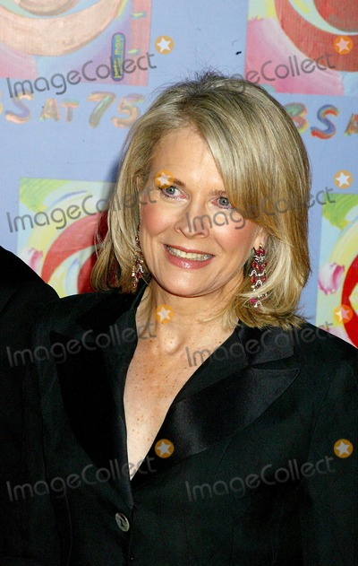 Candace Bergen Photo - Cbs at 75 at the Hammerstein Ballroom  NYC 11022003 Photosonia Moskowitz  Globe Photosinc Candace Bergen