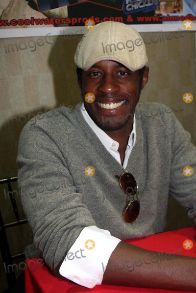 Ahmed Best Photo - Ahmed Best Wizard World Big Apple Comic Con Penta Hotel Newyork City 10-02-2010 Photo by Barry Talesnick-ipol-Globe Photos Inc 2010