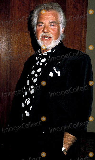 Kenny Rogers Photo - Kenny Rogers Photo Byphil RoachipolGlobe Photos Inc