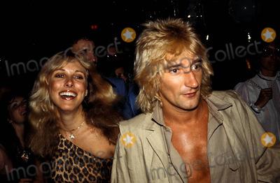 Alana Hamilton Photo - Rod Stewart and Alana Hamilton Photo Adam ScullGlobe Photos Inc 1978 Rodstewartretro