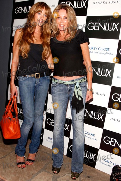 Christine Peters Photo - Genlux Magazine Presents Marc Baptiste Nudes Collection Opening Night Reception the Celebrity Vault Beverly Hills CA 060608 Christine Peters and Courtney Bingham Photo Clinton H Wallace-photomundo-Globe Photos Inc