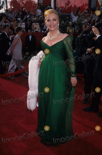 Anne Jeffreys Photo - Anne Jeffreys the 69th Academy Awards 1997 K8146lr Photo by Lisa Rose-Globe Photos Inc