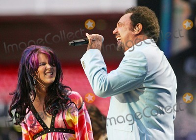 Tom Jones Photo - Joss Stone and Tom Jones Performing at Concert For Diana in Wembley Stadium in London United Kingdom on July 1st 2007 Photo by Alec Michael-Globe Photos Inc 2007