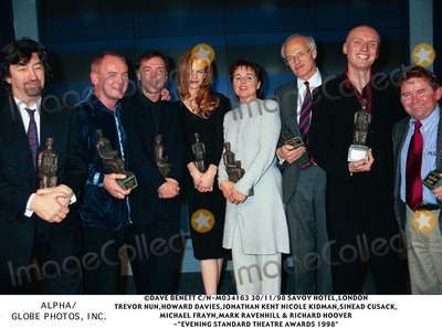 Trevor Nunn Photo - 1198 Savoy Hotellondon Trevor Nunnhoward Daviesjonathan Kentnicole Kidman Sinead Cusack Michael Fraynmark Ravenhill  Richard Hoover -Evening Standard Theatre Awards 1998