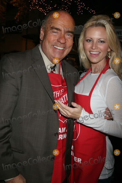 Aubrie Lemon Photo - Johnny Grant Honored at the Salvation Armys Annual Kettle Kick Off the Original Farmers Market Los Angeles CA 111907 Arthur Kassel and Aubrie Lemon Photo Clinton H Wallace-photomundo-Globe Photos Inc