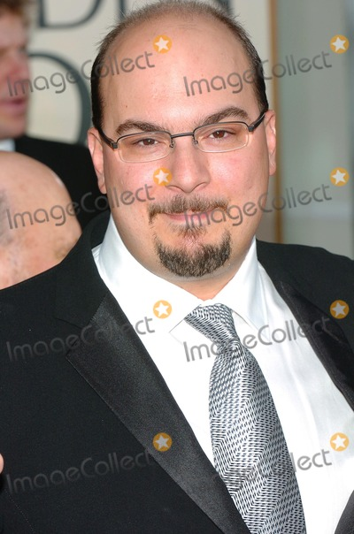 Anthony Zuiker Photo - 61st Annual Golden Globe Awards Arrivals at the Beverly Hilton Hotel Beverly Hills CA 1252004 Photo by Fitzroy BarrettGlobe Photos 2004 Anthony Zuiker