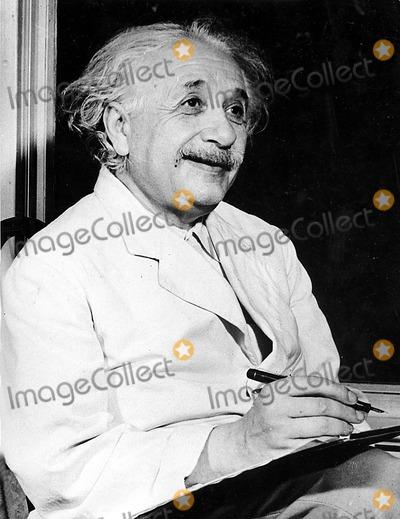 Albert Einstein Photo - Dr Albert Einstein 9243 Globe Photos Inc
