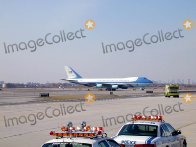 AIRFORCE ONE Photo - President George W Bush Arrives on Airforce One at John F Kennedy International Airport Queens NY Photo Bruce Cotler Globe Photos Inc