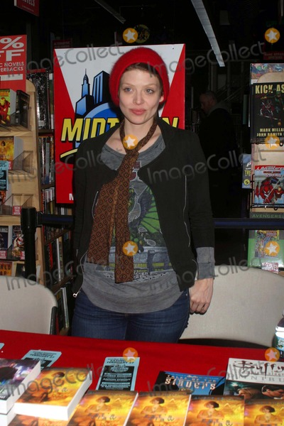 Amber Benson Photo - A duel meet and greet at MIDTOWN COMICS by actress author AMBER BENSON to promote her book CATS CLAW and author performer anton strout to promote his bookDEAD MATTER NYC 02-26-2010 Photos by  Rick Mackler Rangefinder-Globe Photos Inc2010 AMBER BENSON K63715RM