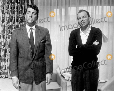 Dean Martin Photo - Frank Sinatra with Dean Martin in Oceans Eleven Supplied by Smp-Globe Photos Inc Tv-film Still