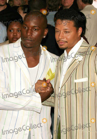 Terrence Dashon Howard Photo - World Premiere of  Four Brothers  at Clearviews Chelsea West Cinemas  New York City 08-09-2005 Photo Byjohn Zissel-ipol-Globe Photos Inc 2005 Tyrese Gibson and Terrence Dashon Howard