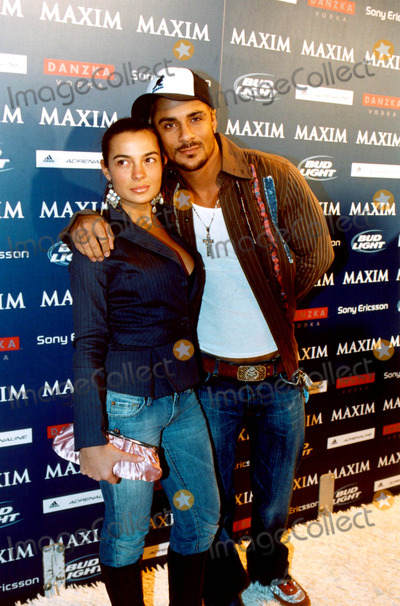Jive Jones Photo - Maxim Sno Magazine Party Hosted by January Cover Girl Michelle Branch in New York City 12102003 Photo Byken RummentsGlobe Photos Inc  2003 Jive Jones